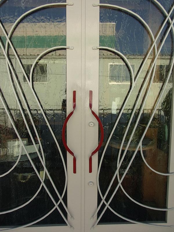 ドアハンドル