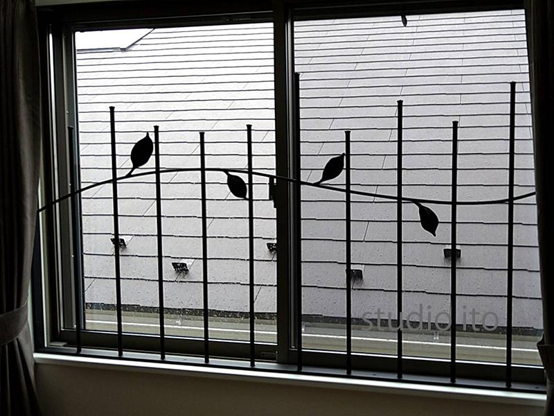 ロートアイアン製面格子「葉っぱ」